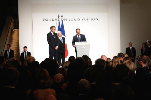 Bernard Arnault - Frank Gehry - François Hollande ©2014 Rindoff Charriau.jpg