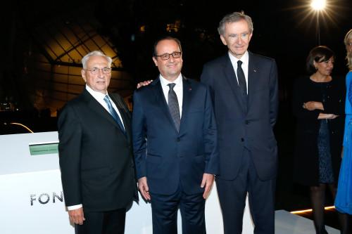 Frank Gehry - François Hollande - Bernard Arnault ©2014 Rindoff Charriau.jpg