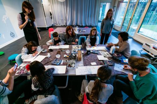 31695_atelier_famille_carnetsvoyageursalafondationlouisvuitton_high.jpeg