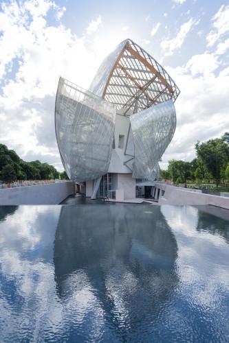 AD France_Facade_Est_Bassin_IB FOG_4144_HD.jpg© Iwan Baan / Fondation Louis Vuitton