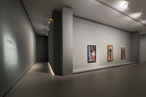 Vue installation salle 1 ©ADAGP, Paris 2016 pour l'oeuvre d'André Derain et de Xan Krohn. Photo Fondation Louis Vuitton / Martin Argyroglo