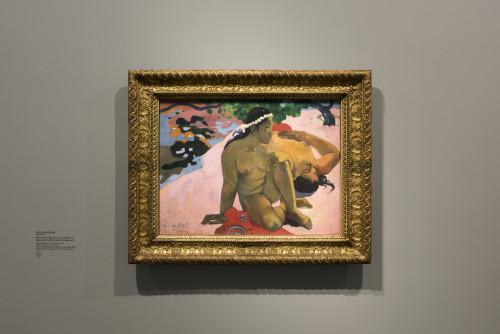 Paul Gauguin Aha oefeii ? (Eh quoi tu es jalouse ?) ©Fondation Louis Vuitton/Martin Argyroglo