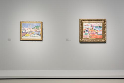 Installation view room 5 ©Succession H. Matisse pour l'oeuvre de l'artiste ©ADAGP, Paris 2016 pour l'oeuvre d'André Derain.Photo Fondation Louis Vuitton/Martin Argyroglo