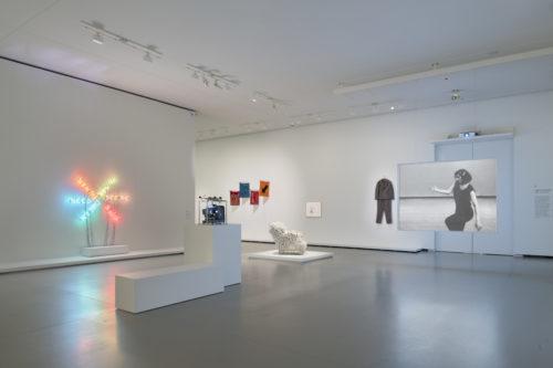 Vue d'installation de l'exposition Être moderne : le MoMA à Paris, galerie 5 (niveau 1), Fondation Louis Vuitton, Paris, du 11 octobre 2017 au 5 mars 2018. © Fondation Louis Vuitton / Martin Argyroglo