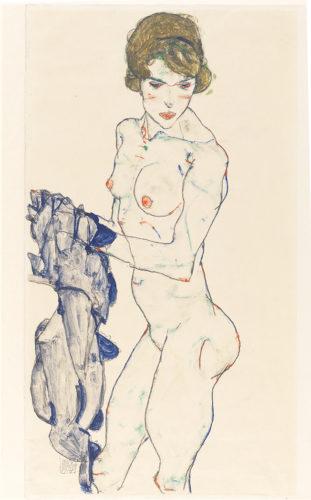 Egon Schiele. Nu féminin debout au tissu bleu, 1914. Gouache, aquarelle et graphite sur papier vélin. 48,3 x 32,2 cm. Germanisches Nationalmuseum, Nuremberg. Photo : © Germanisches Nationalmuseum, Nürnberg