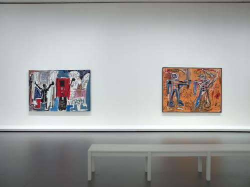 Vue d'installation de l'exposition Jean-Michel Basquiat, galerie 5 (niveau 1), Fondation Louis Vuitton, Paris.