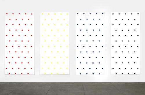 Niele Toroni. Empreintes de pinceau n°50 à intervalles réguliers de 30 cm, 1997. © Niele Toroni