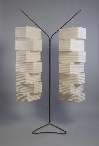 Isamu Noguchi, Charlotte Perriand. Luminaire Rio. Appartement J. Martin., 1963. M Plus Collections Limited, Hong-Kong © Adagp, Paris 2019